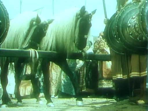 Иллюстрация 1 из 15 для Конек-Горбунок (DVD) - Александр Роу | Лабиринт - видео. Источник: Guttt