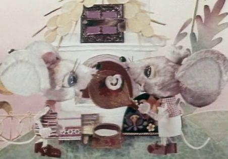 Иллюстрация 1 из 11 для Улыбка + DVD - Михаил Пляцковский | Лабиринт - книги. Источник: Ляпина  Ольга Станиславовна