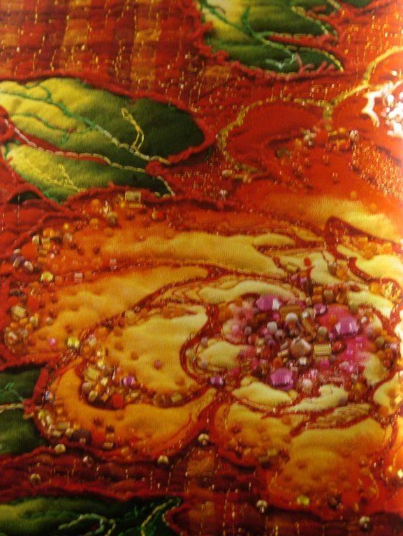Иллюстрация 1 из 24 для Ослепительный квилт. Расшитые картины из лоскутков - Памела Мостек | Лабиринт - книги. Источник: Мариста