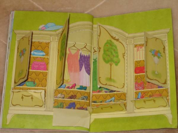 Дом для бумажных кукол из тетради