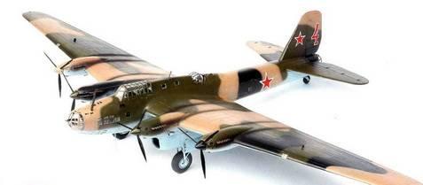 Иллюстрация 1 из 5 для Советский дальний бомбардировщик Пе-8 (7264) | Лабиринт - игрушки. Источник: Киселев  Алексей Юрьевич