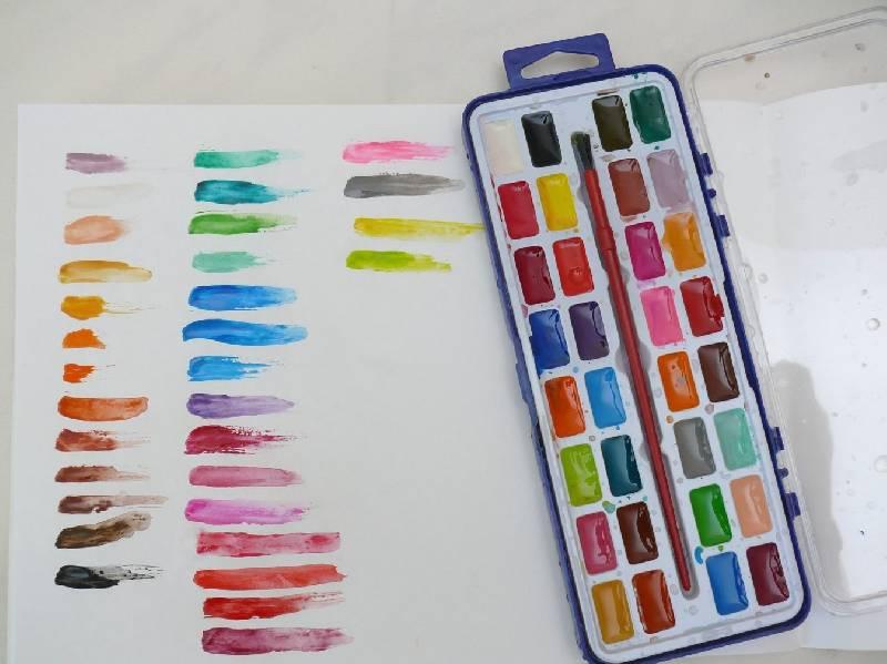 Иллюстрация 1 из 2 для Краски акварельные сухие. 32 цвета | Лабиринт - канцтовы. Источник: Полуночница