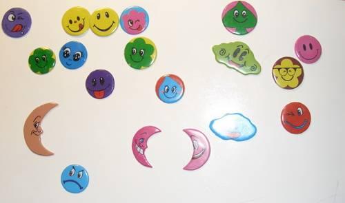 Иллюстрация 1 из 2 для Наклейки детские объемные (13х17см). В ассортименте | Лабиринт - игрушки. Источник: Любовь