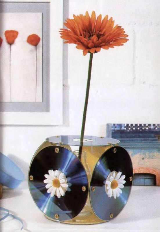 Как сделать цветок из дисков