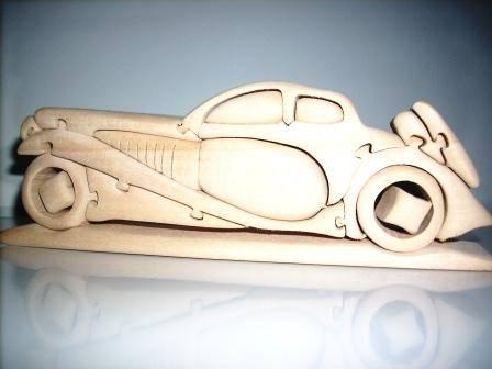 Иллюстрация 1 из 2 для Автомобиль Бугатти | Лабиринт - игрушки. Источник: Кашин  Даниил Сергеевич