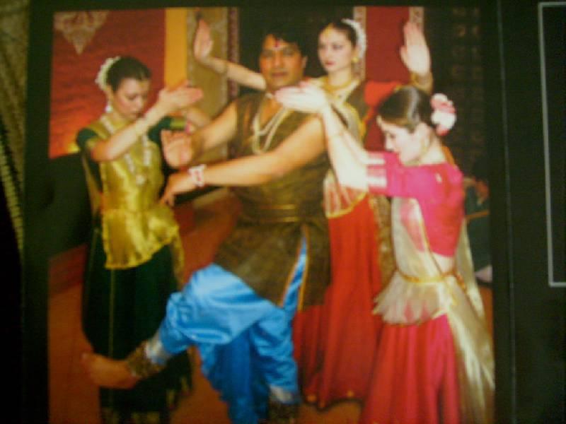 Иллюстрация 1 из 2 для Индийские танцы. Катхак (CD) | Лабиринт - аудио. Источник: LizzA
