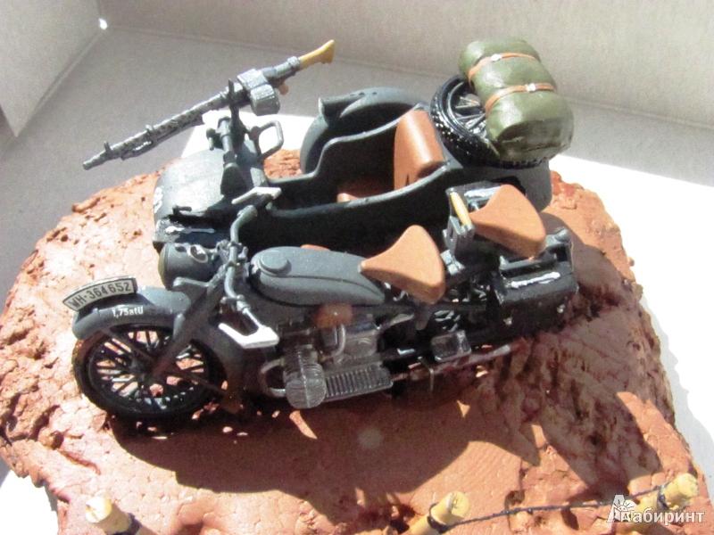 Иллюстрация 1 из 5 для Немецкий мотоцикл BMW-R-12 с коляской (3607П) | Лабиринт - игрушки. Источник: Валов  Михаил