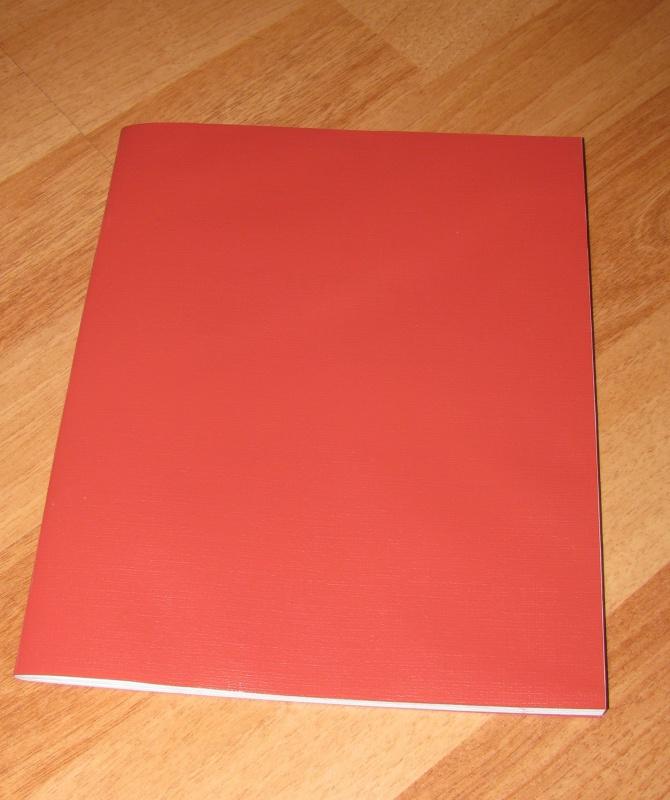 Иллюстрация 1 из 2 для Тетрадь для записи, клетка, 48 листов, А5, Красная (48Т5пмC1) | Лабиринт - канцтовы. Источник: Барашка