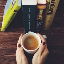 #чточитаешь? <br />Лучшие книги весны по мнению наших чточитателей