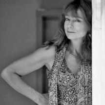 «Держитесь подальше от края скалы...» <br /> Интервью с Лиз Дженсен