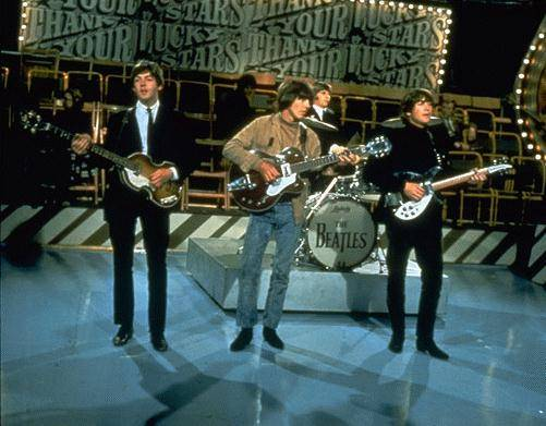 "Иллюстрация 1 из 11 для The Beatles. Торжество | Лабиринт - видео. Источник: sinobi sakypa """"( ^ _ ^ )"""""