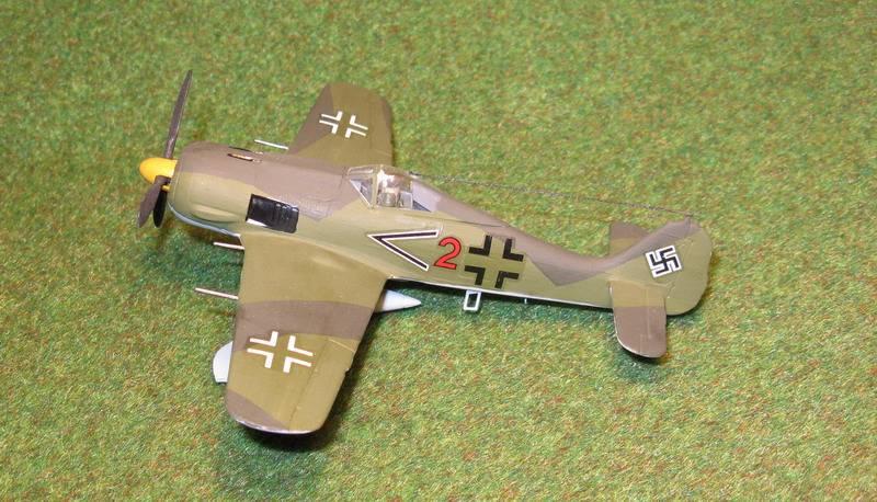 Иллюстрация 1 из 2 для Немецкий истребитель Фокке-Вульф FW-190 А8/F (7211П) | Лабиринт - игрушки. Источник: Антоха
