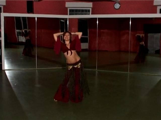 Иллюстрация 1 из 10 для Арабский танец живота: Танец с ассая - Денис Попов-Толмачев   Лабиринт - видео. Источник: Rainbow