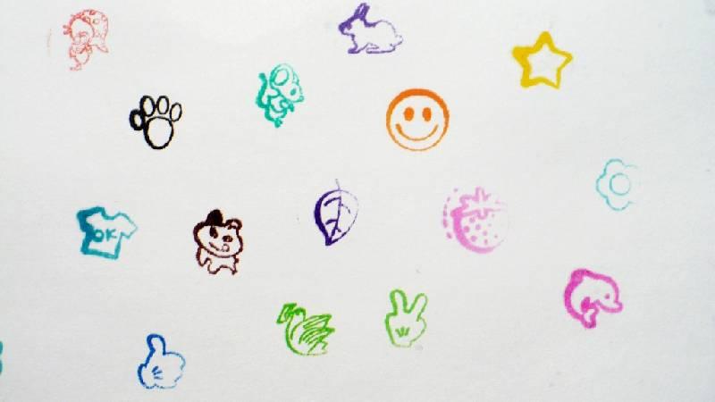Иллюстрация 1 из 2 для Фломастеры со штампами 12 цветов (861224-08) Panda | Лабиринт - канцтовы. Источник: -  Юлия -