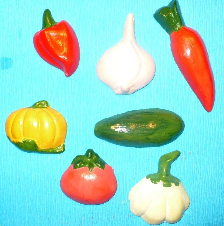 Иллюстрация 1 из 5 для Магниты: Овощи | Лабиринт - игрушки. Источник: -  Юлия -