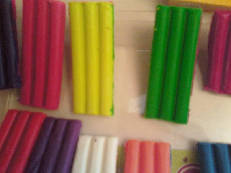 Иллюстрация 1 из 5 для Пластилин восковой Флюрики 12 цветов (280037Н) | Лабиринт - игрушки. Источник: Марина В.