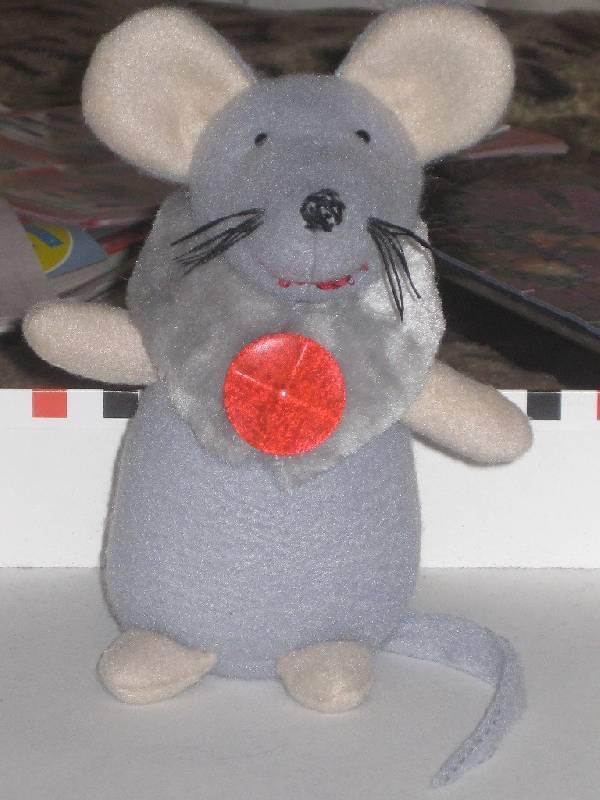 Иллюстрация 1 из 8 для Мягкая игрушка: Мышка Шуша | Лабиринт - игрушки. Источник: Марийка