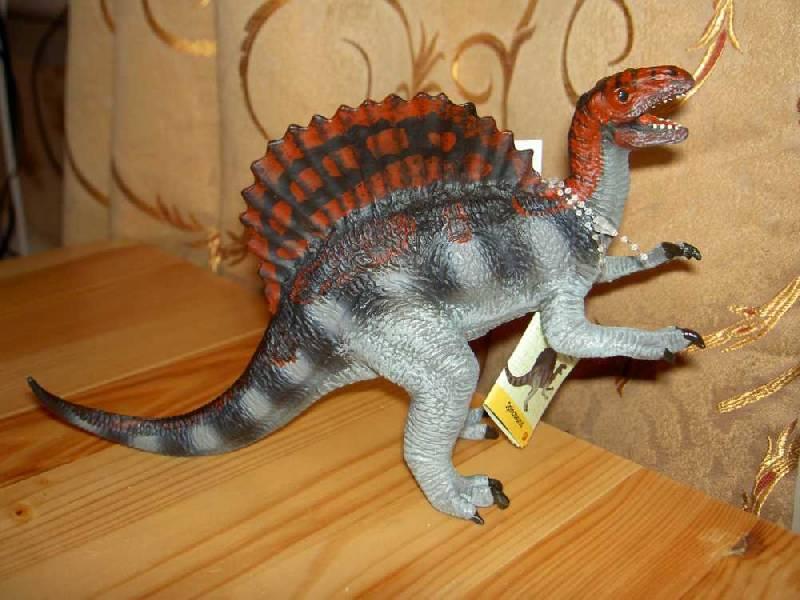 Иллюстрация 1 из 9 для Спинозавр (шипастый ящер) (411001) | Лабиринт - игрушки. Источник: hellgirl