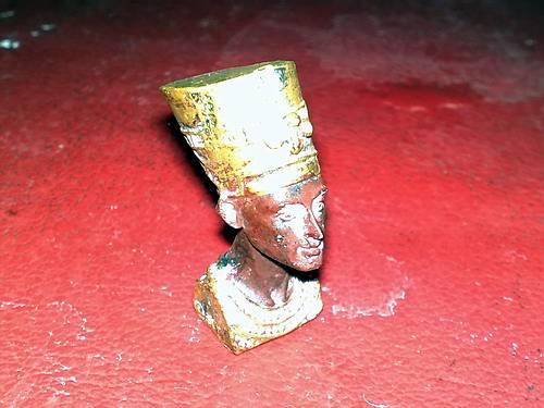 Иллюстрация 1 из 7 для Эпоха фараонов. Бюст Нефертити (807005) | Лабиринт - игрушки. Источник: bagirchik
