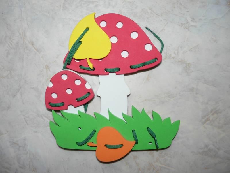 Иллюстрация 1 из 8 для Шнуровка. Мухоморы (103008) | Лабиринт - игрушки. Источник: Алевита