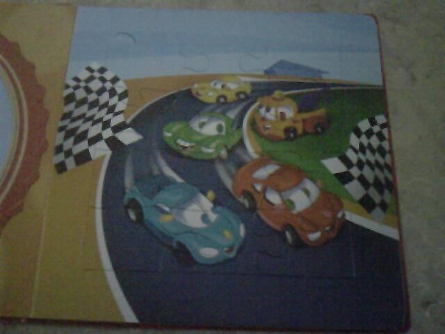 Иллюстрация 1 из 3 для Книжка-мозаика: Машинки (5 мозаик внутри) | Лабиринт - книги. Источник: elue