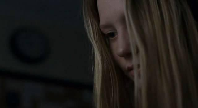 Иллюстрация 1 из 6 для Детки в порядке (DVD) - Лиза Холоденко | Лабиринт - видео. Источник: Мариночка666