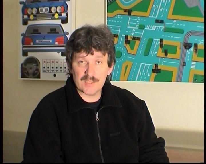 Иллюстрация 1 из 5 для Уроки контраварийного и экстремального вождения (DVD) | Лабиринт - видео. Источник: DeadNK