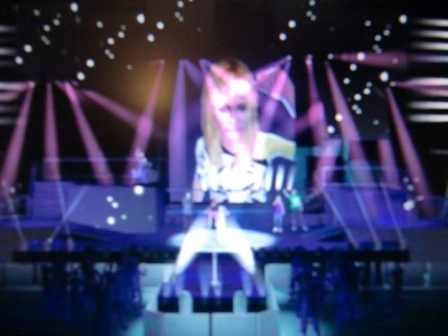 Иллюстрация 1 из 6 для Disney. Ханна Монтана в кино (DVDpc) | Лабиринт - софт. Источник: Лимпи