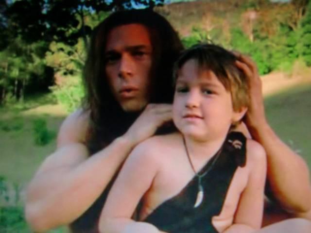 Иллюстрация 1 из 9 для Джордж из джунглей 2 (DVD) - Давид Гроссман   Лабиринт - видео. Источник: Лимпи