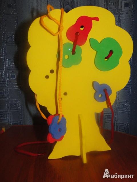 Иллюстрация 1 из 4 для Шнуровка. Дерево с плодами (103030) | Лабиринт - игрушки. Источник: Шашерина  Анна