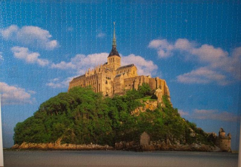 Иллюстрация 1 из 2 для Step Puzzle-2000  Франция. Мон-Сен-Мишель (84015) | Лабиринт - игрушки. Источник: Dmitry78