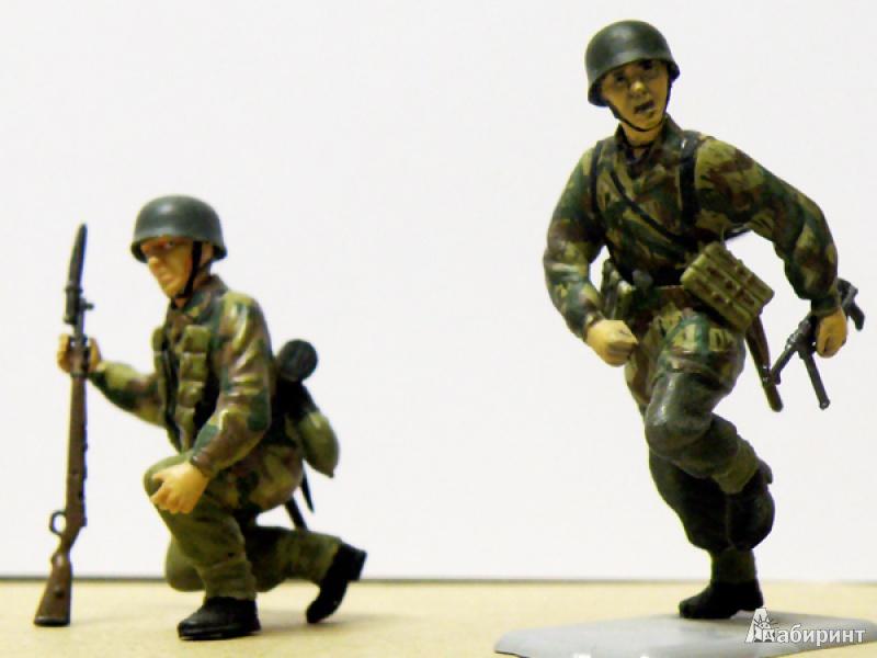 Иллюстрация 1 из 2 для 3514/Немецкие парашютисты | Лабиринт - игрушки. Источник: Деменков  Евгений