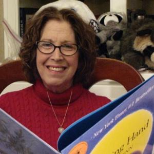 Феномен детской литературы: интервью с Одри Пенн о енотах, семейных традициях и поцелуях в ладошке