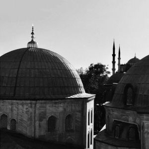 Однажды в Стамбуле. О судьбе автора «Романа с кокаином»