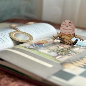 От Алисы до Офелии. Книги с той стороны зеркального стекла