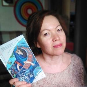 «Я хотела стать клоуном, пловцом, скалолазом...». Интервью с художницей Ириной Бабушкиной