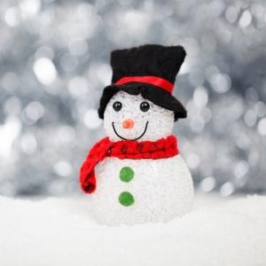 100 идей до 300 рублей: чем наполнить мешок Деда Мороза, если у вас детский Новый год