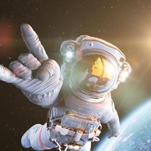 За что мы любим космооперы: пафос, политика и звездолеты