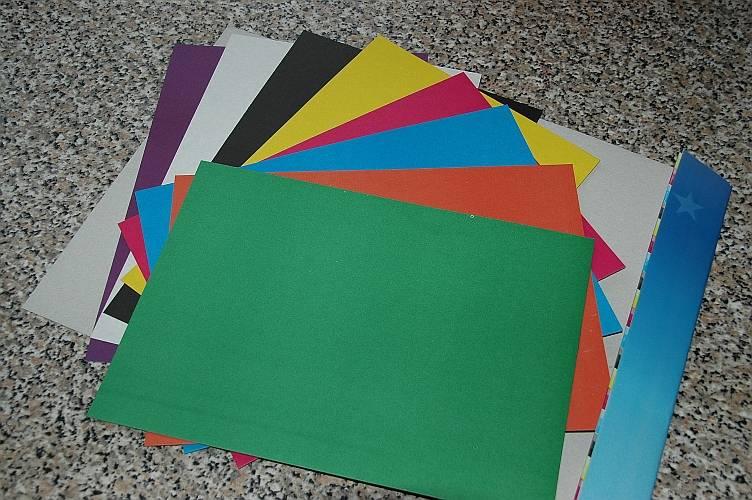 Иллюстрация 7 из 11 для Цветной картон А4, 8 листов, 8 цветов (ЦК2851)   Лабиринт - канцтовы. Источник: Jen