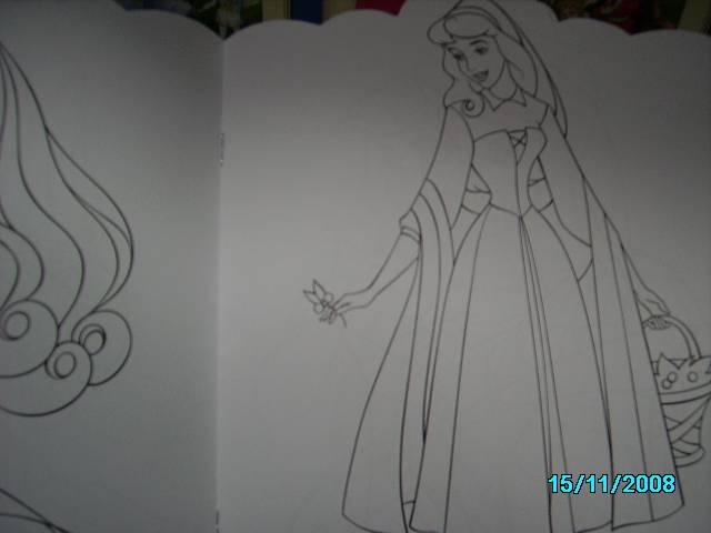 книга принцесса аврора раскраска с вырубкой купить