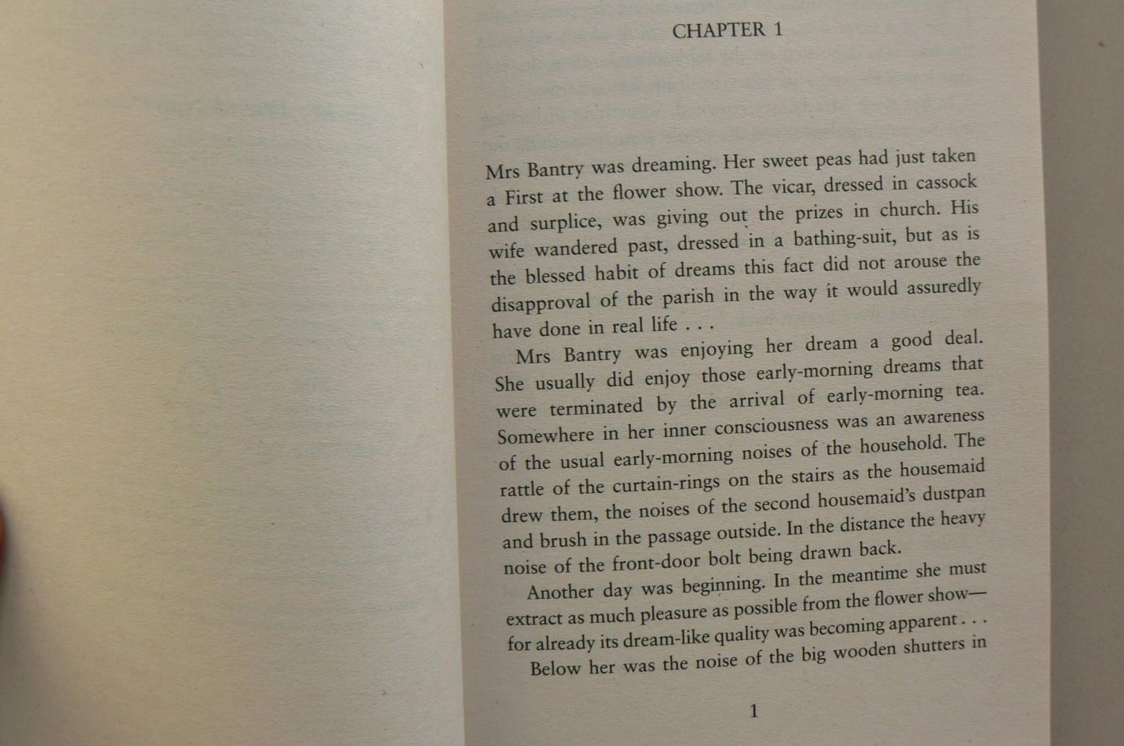 Иллюстрация 3 из 5 для The Body in the Library - Agatha Christie | Лабиринт - книги. Источник: Лидия