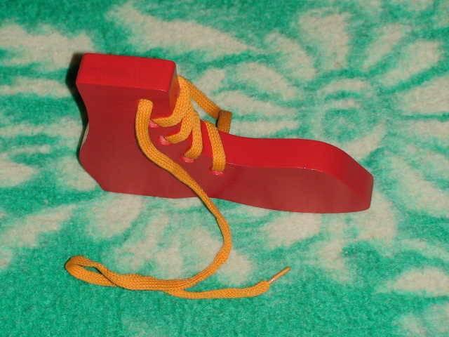 Иллюстрация 1 из 6 для Башмак-шнуровка окрашенный (Ш-001)   Лабиринт - игрушки. Источник: _Елена_
