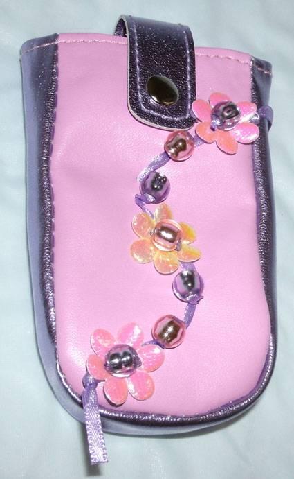 Иллюстрация 1 из 5 для Модные вещицы: Стильный чехол для мобильного телефона | Лабиринт - игрушки. Источник: Ёжик