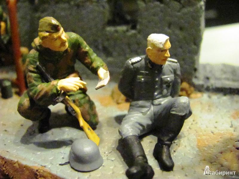 Иллюстрация 6 из 13 для Советские разведчики. 1943-1945 (3643) | Лабиринт - игрушки. Источник: Валов  Михаил