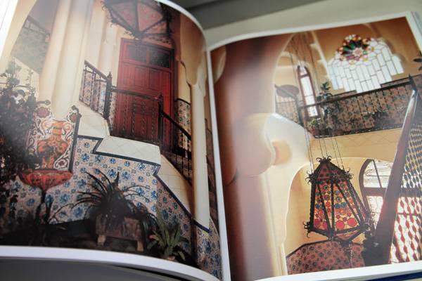 Иллюстрация 13 из 20 для Гауди. Жизнь, посвященная архитектуре - Райнер Цербст   Лабиринт - книги. Источник: Сати