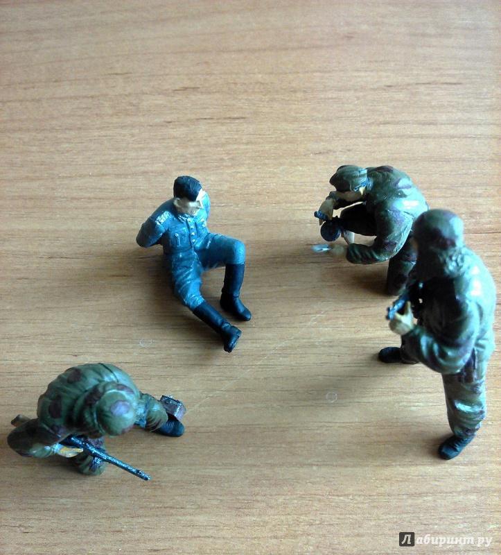 Иллюстрация 8 из 13 для Советские разведчики. 1943-1945 (3643)   Лабиринт - игрушки. Источник: Плешкова  Екатерина Евгеньевна