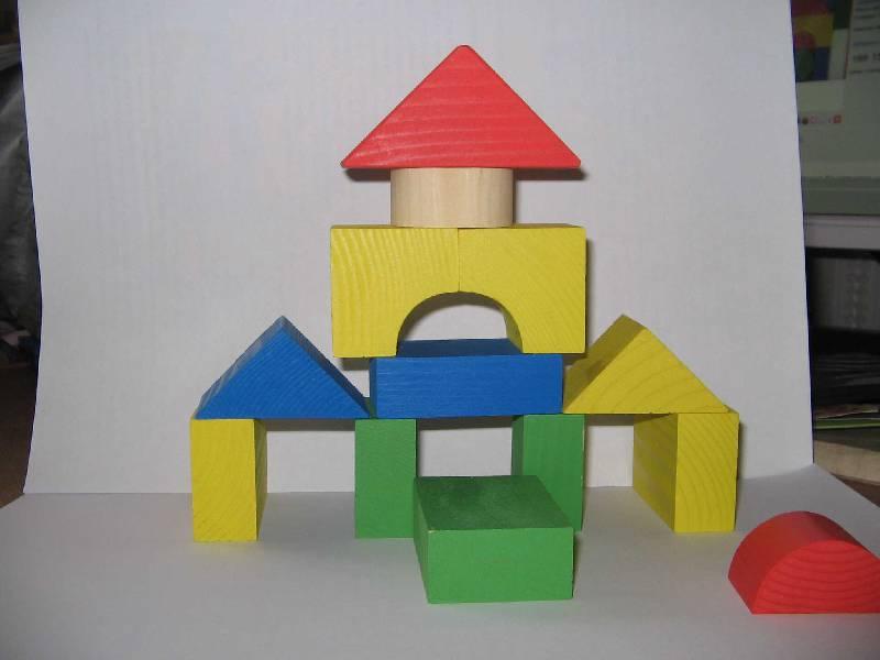 Иллюстрация 9 из 27 для Конструктор цветной (14 деталей) (6678-14) | Лабиринт - игрушки. Источник: Рыженький